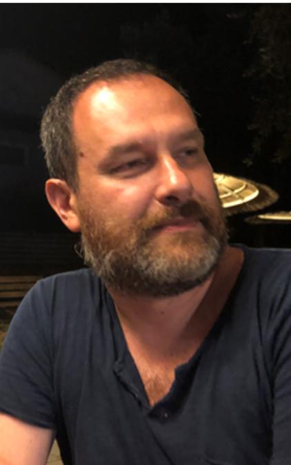 Dr. Daniele Carraro